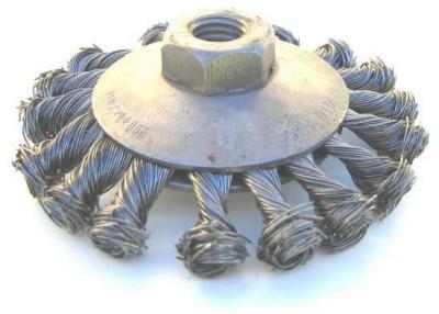 Szczotka tarczowo-kątowa drut stalowy splatany m-14, fi100mm